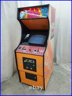 Golden Tee Live by Incredible Tech. COIN-OP Arcade Video Game