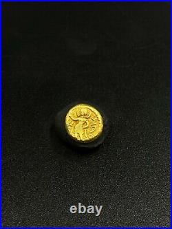 Small Size Indo Greek Gold Coin of Huvishka, Ancient region of Gandhara Art