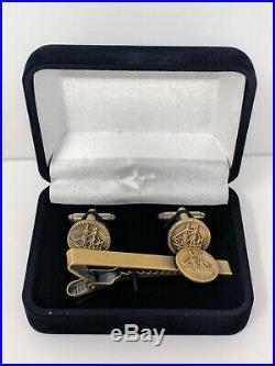 Spice & Wolf Limited Edition Lumione Gold Coin Cufflink & Tie Bar Clip Set Holo